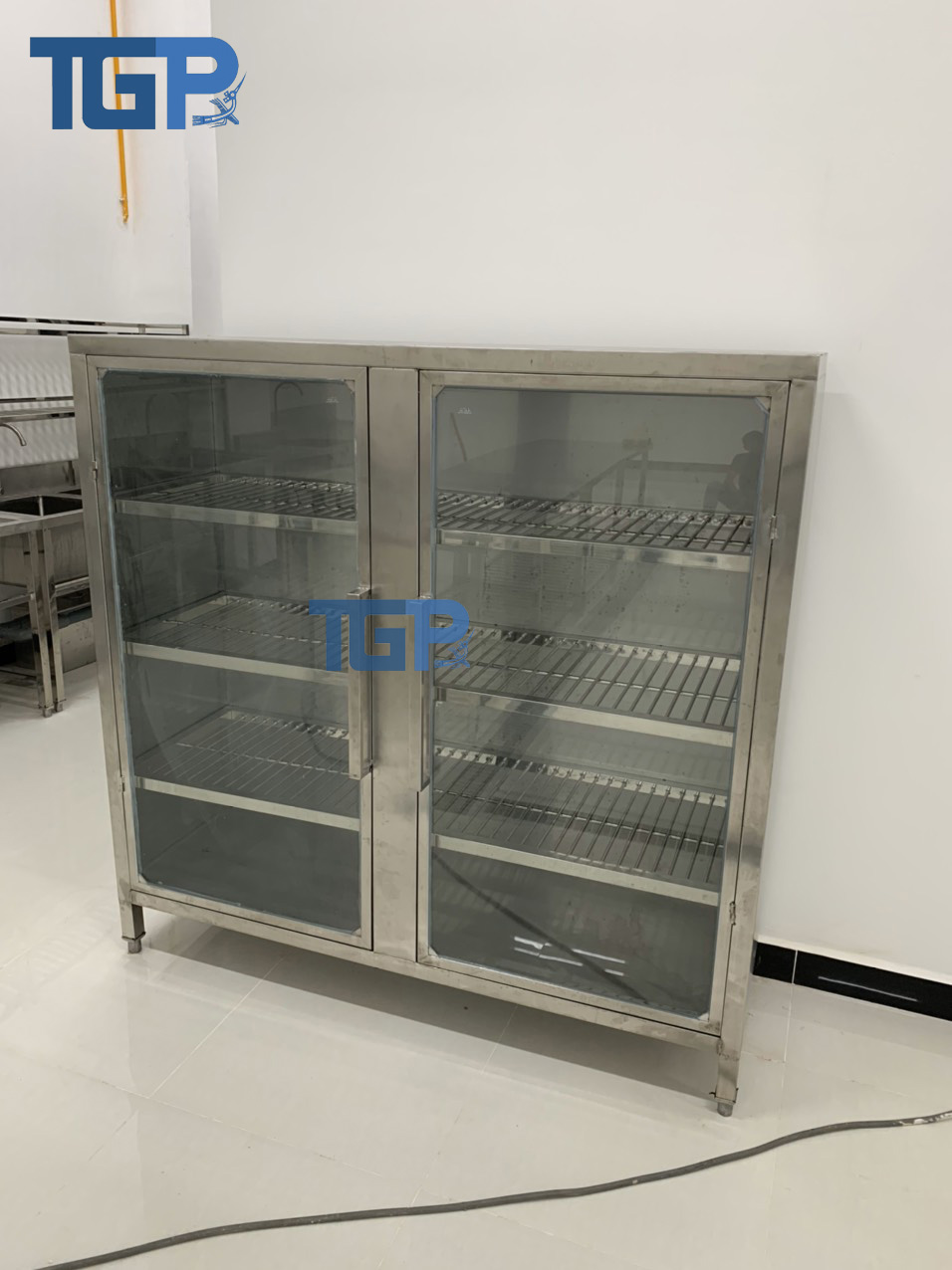Tủ Inox công nghiệp 4 Tầng giá rẻ chất lượng