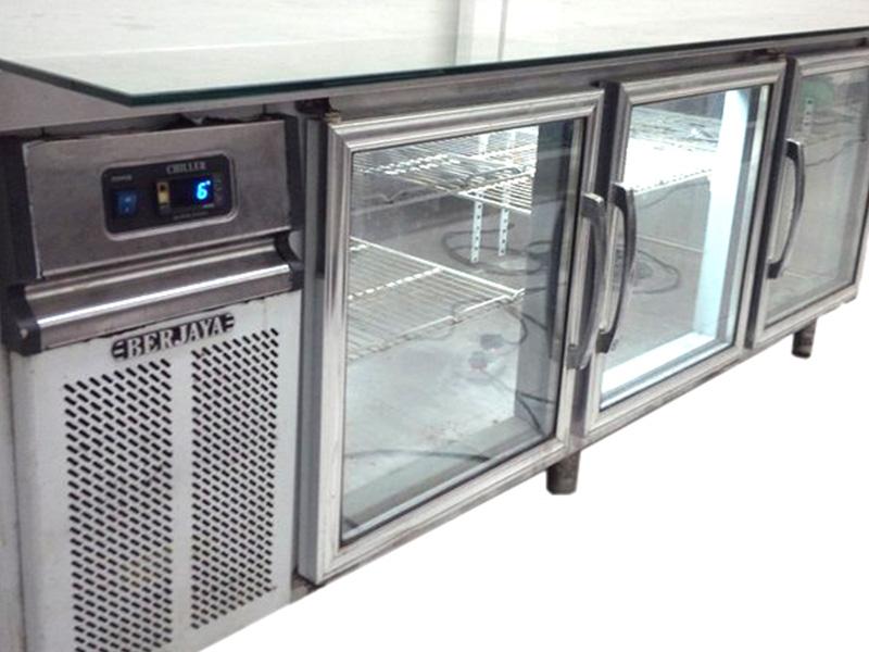Bàn lạnh 2 kiếng 1800mm