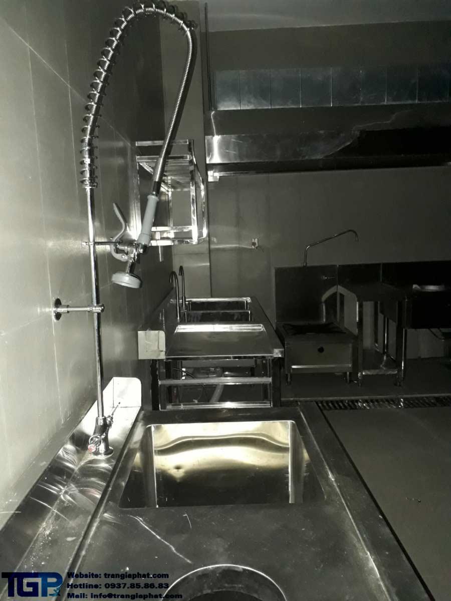 Thiết kế thi công bếp công nghiệp của khách sạn huỳnh thảo