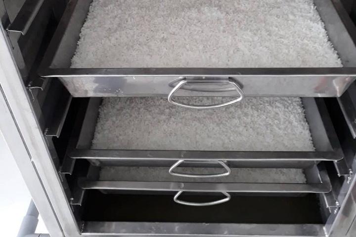Công dụng tủ hấp cơm công nghiệp inox