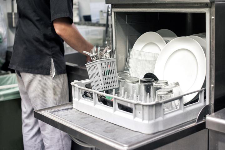 Máy rửa chén công nghiệp Winterhalter PT 50