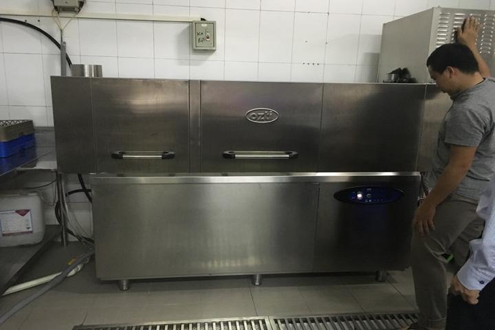 máy rửa chén công nghiệp hcm