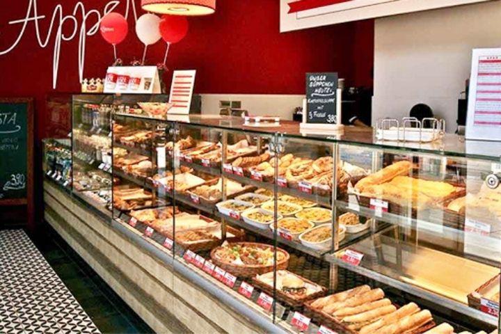 Tủ trưng bày bánh mì ngọt
