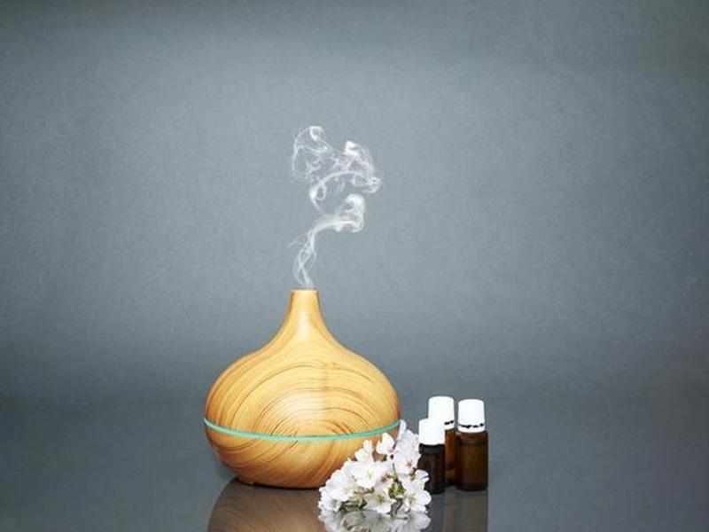 Cách khử mùi hôi trong nhà bằng tinh dầu