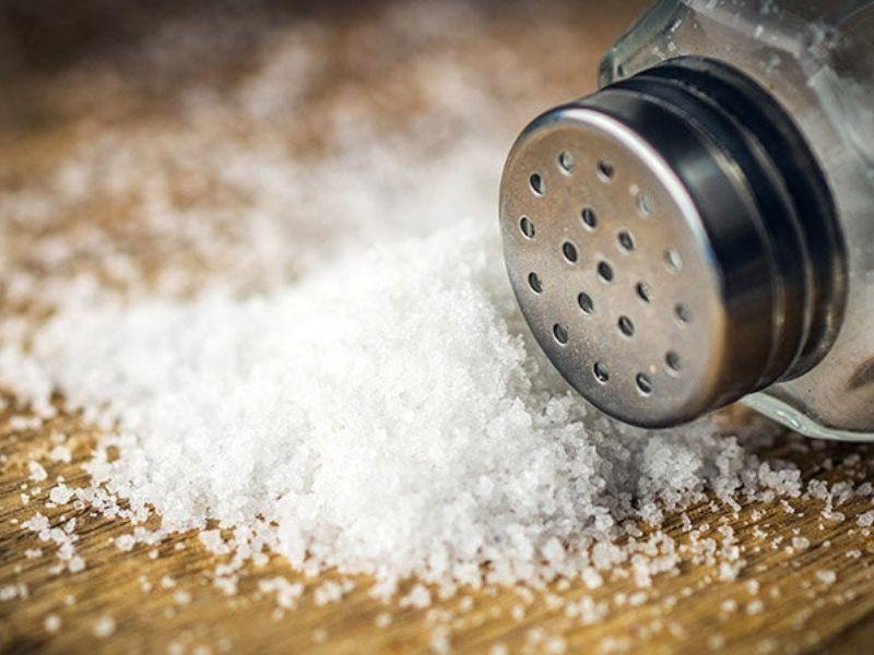Cách khử mùi nhà bếp hiệu quả bằng muối
