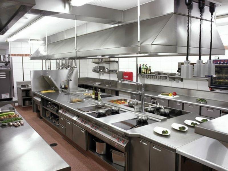 Trang thiết bị trong không gian nhà bếp