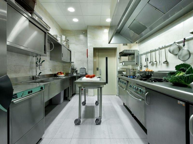 Địa chỉ thi công và mua bếp công nghiệp giá rẻ tại Tp Hồ Chí Minh