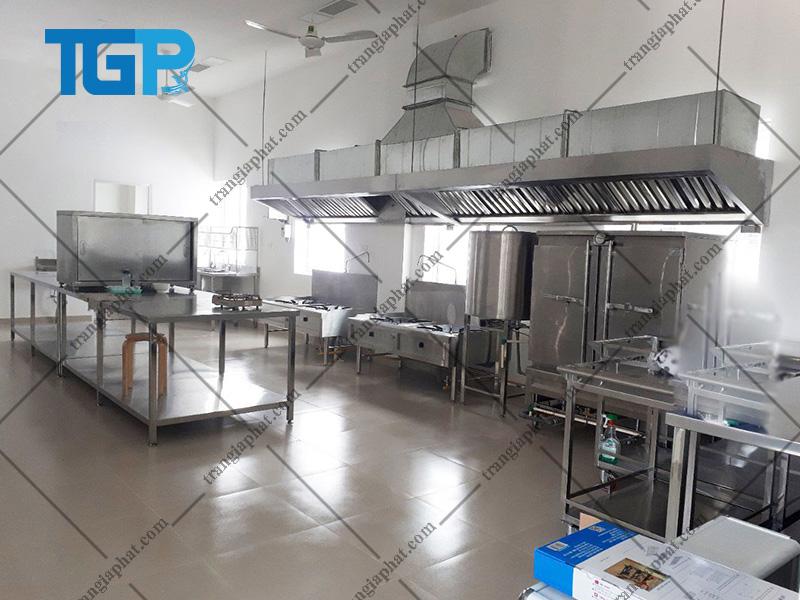 Hút mùi khói bếp công nghiệp cho trường học