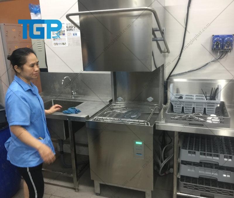 Cách chọn máy rửa bát công nghiệp tốt nhất?
