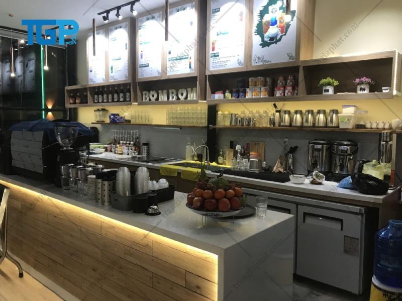 Mẫu thiết kế quầy bar quán trà sữa có diện tích nhỏ